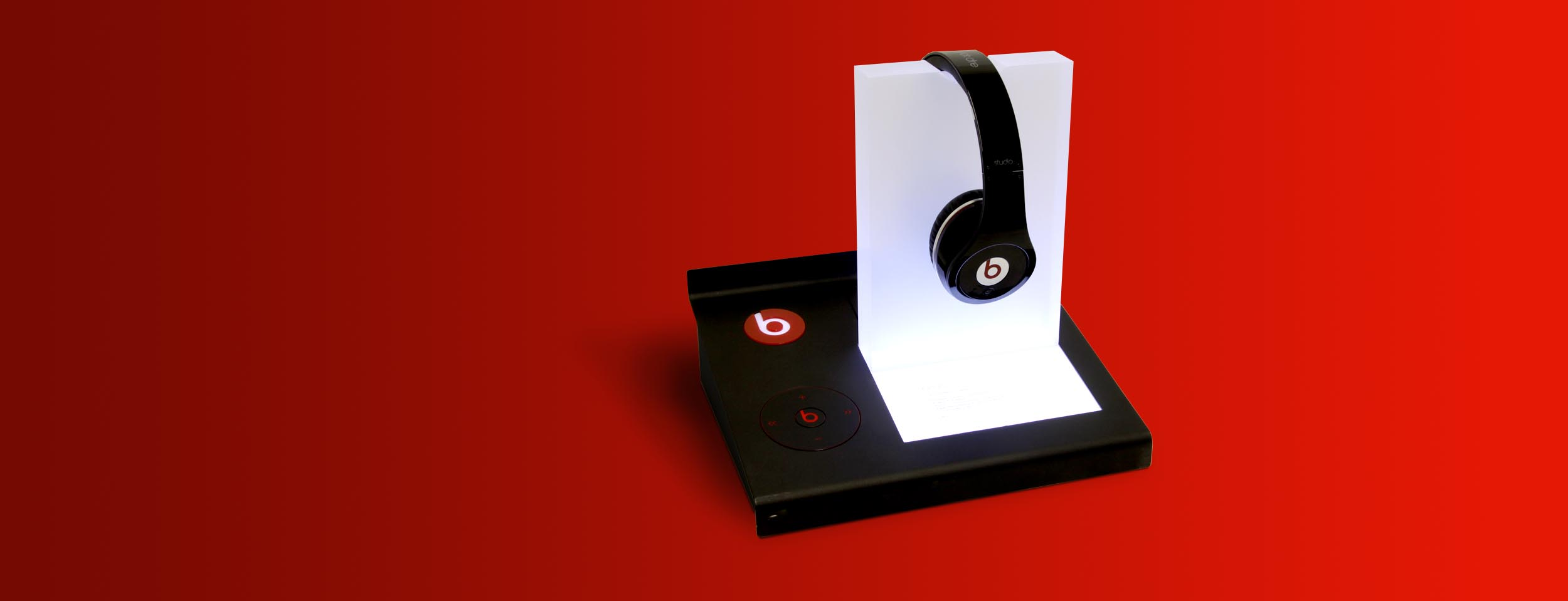 Beats by Dre Dre Display Stand 3